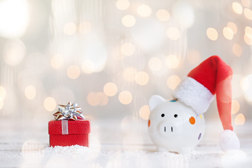 Festive-season-shopping-clicks-momentum-multiply-multiply-cashbacks